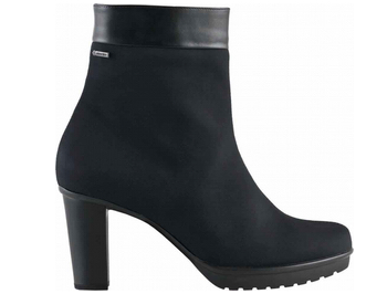 Trendy topánky aj túto jeseň – JUiCE MAGAZIN df7c9a2999c